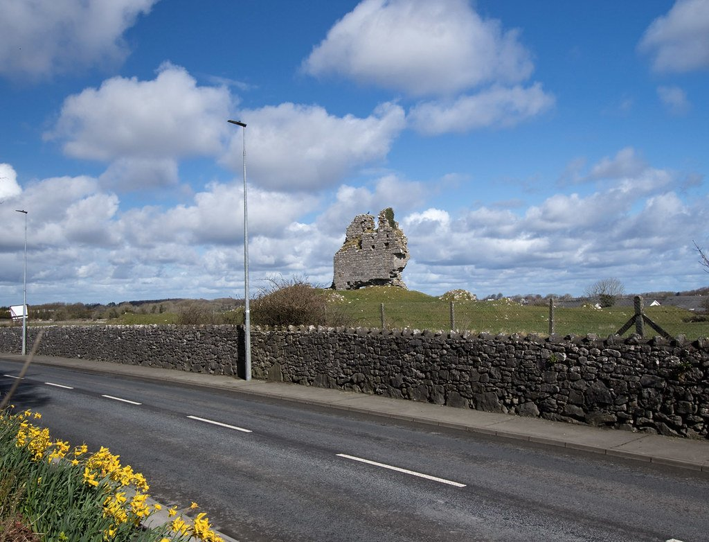Ardrahan Castle Roadside - Visit Galway