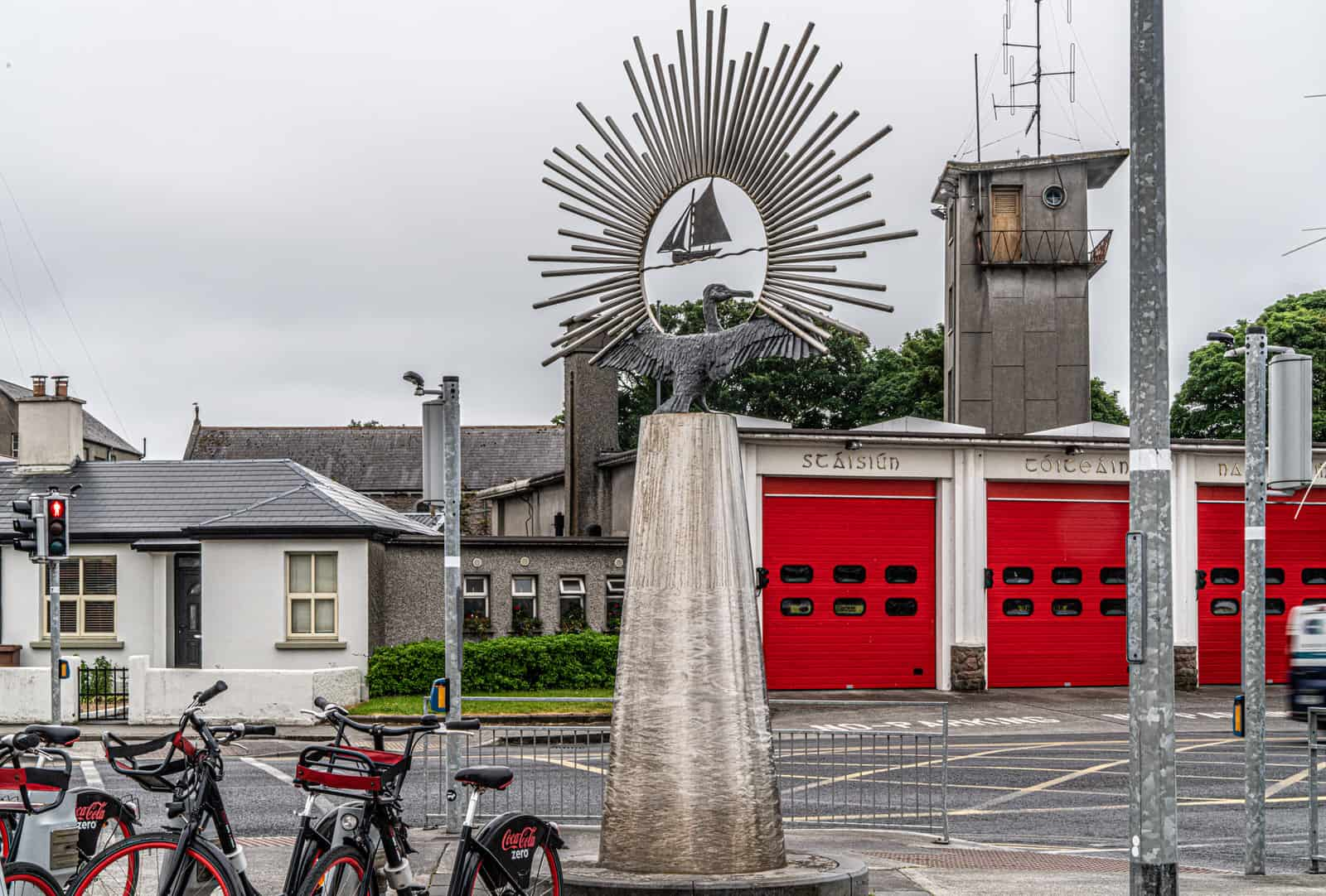 Claddagh Icon Monument Galway - Visit Galway