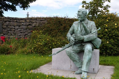Patsy Touhey Statue Galway - Visit Galway