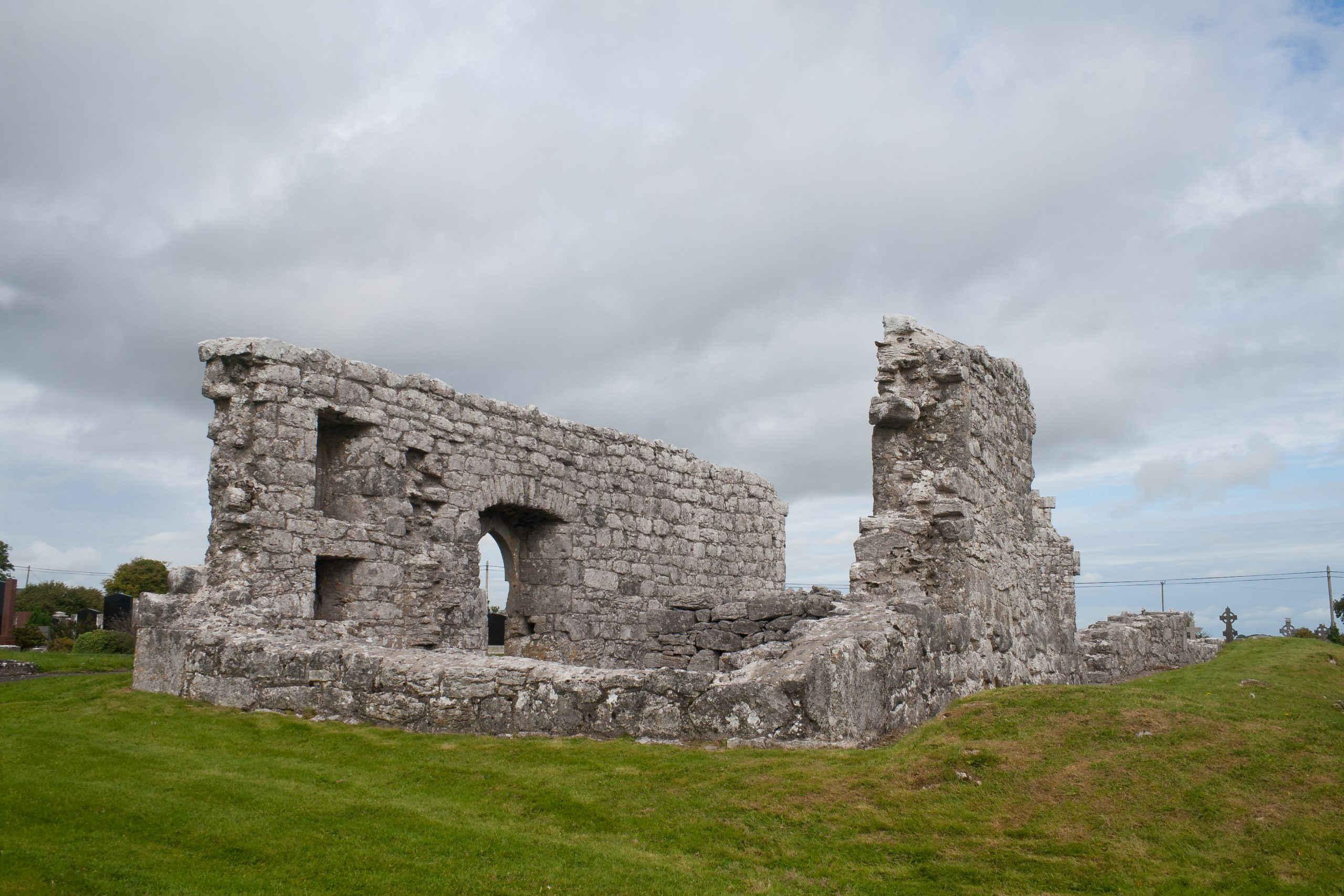 Annaghdown Abbey of St. John The Baptist Galway - Visit Galway
