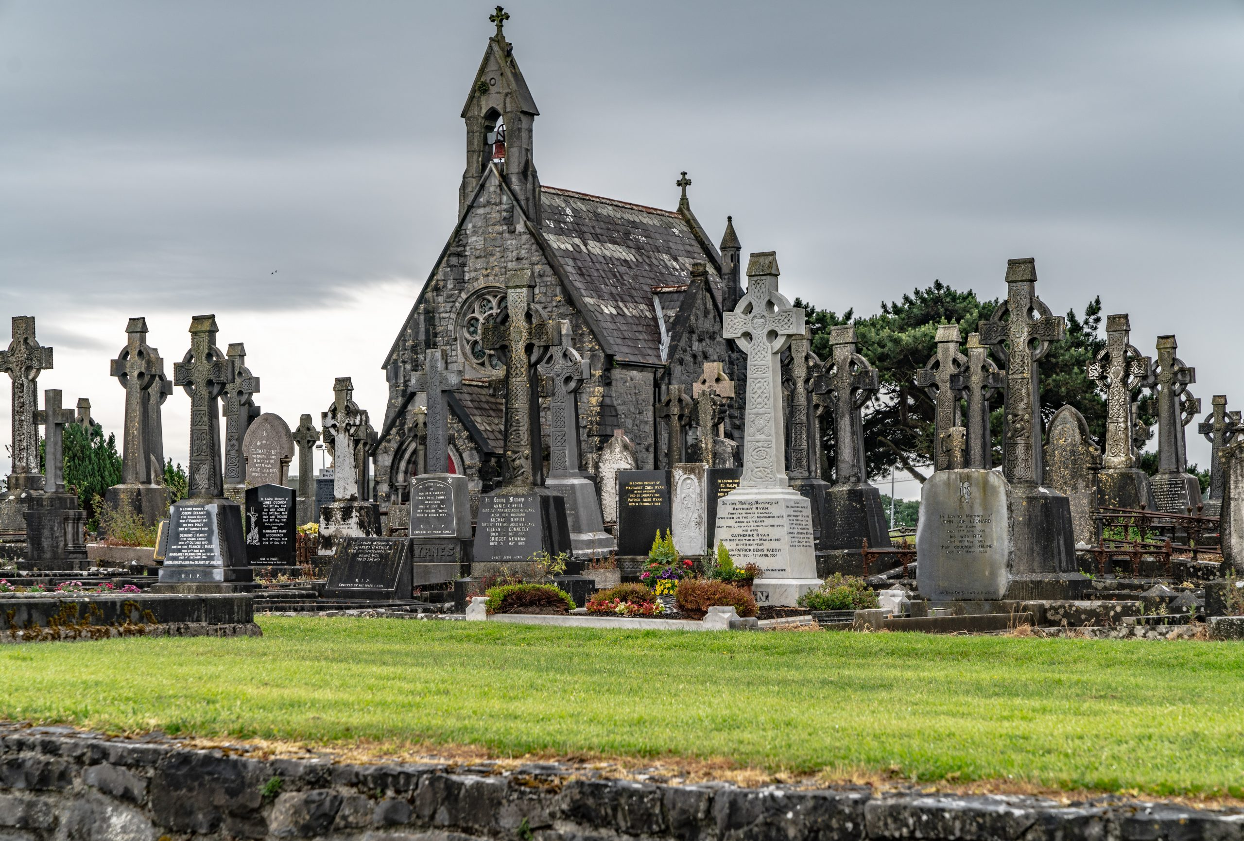 Bohermore Victorian Cemetery - Visit Galway
