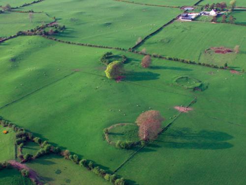 Carrowmore Ringforts - Visit Galway