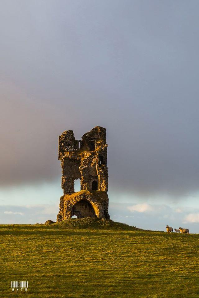 Clogharevaun Castle Ruin - Visit Galway