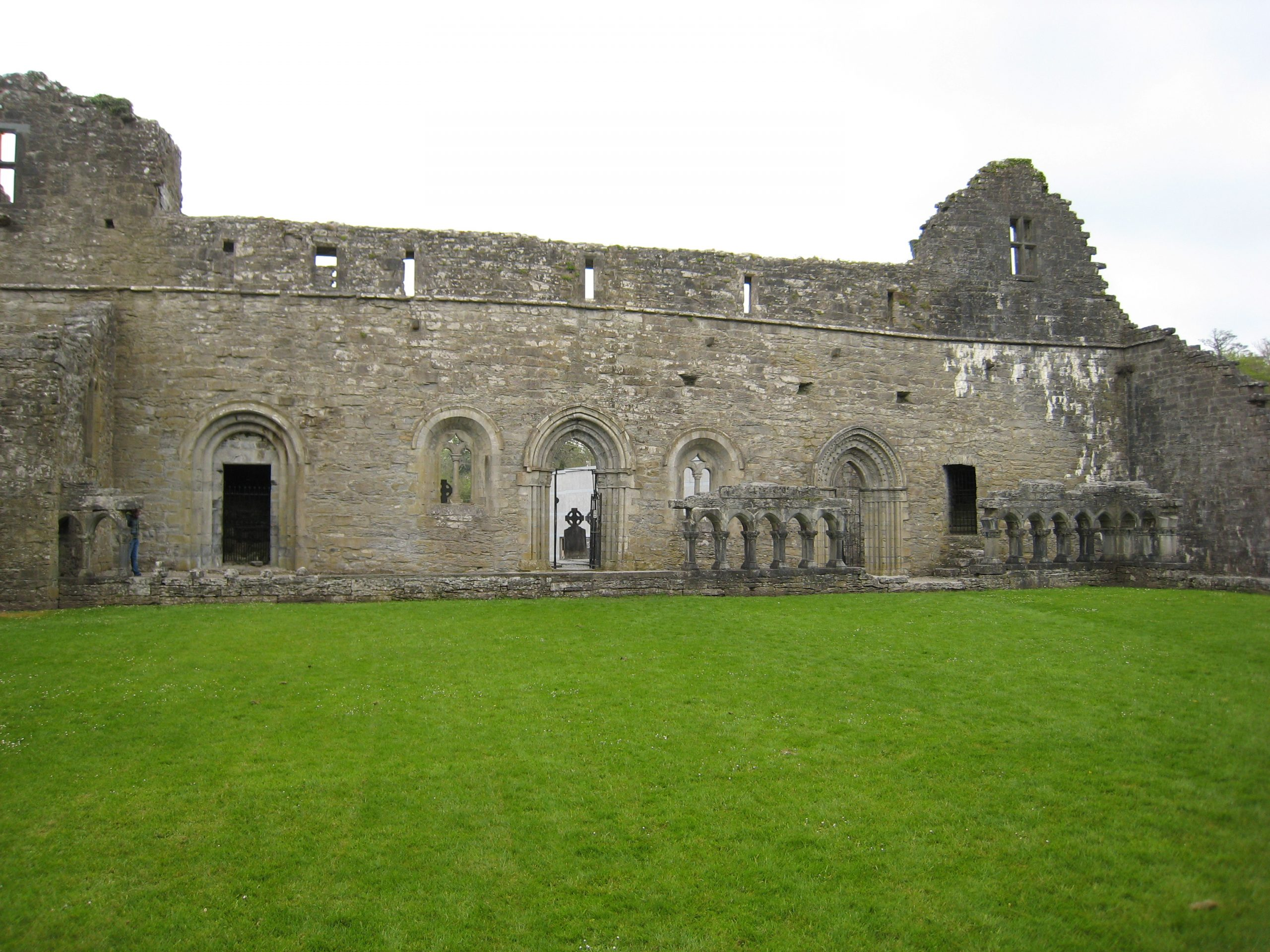 Cong Abbey - Visit Galway