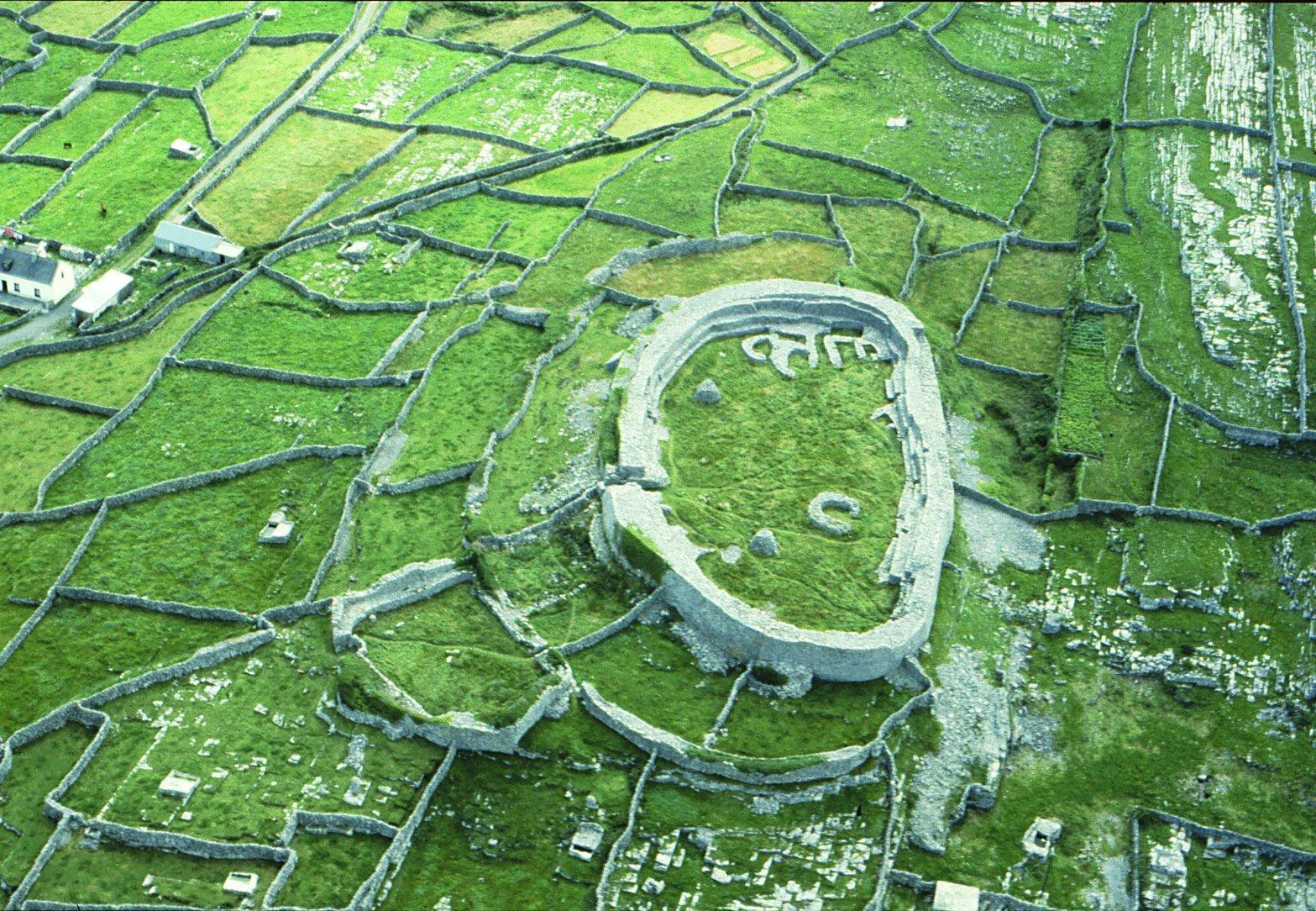 Dún Chonchuir Aerial Photo - Visit Galway