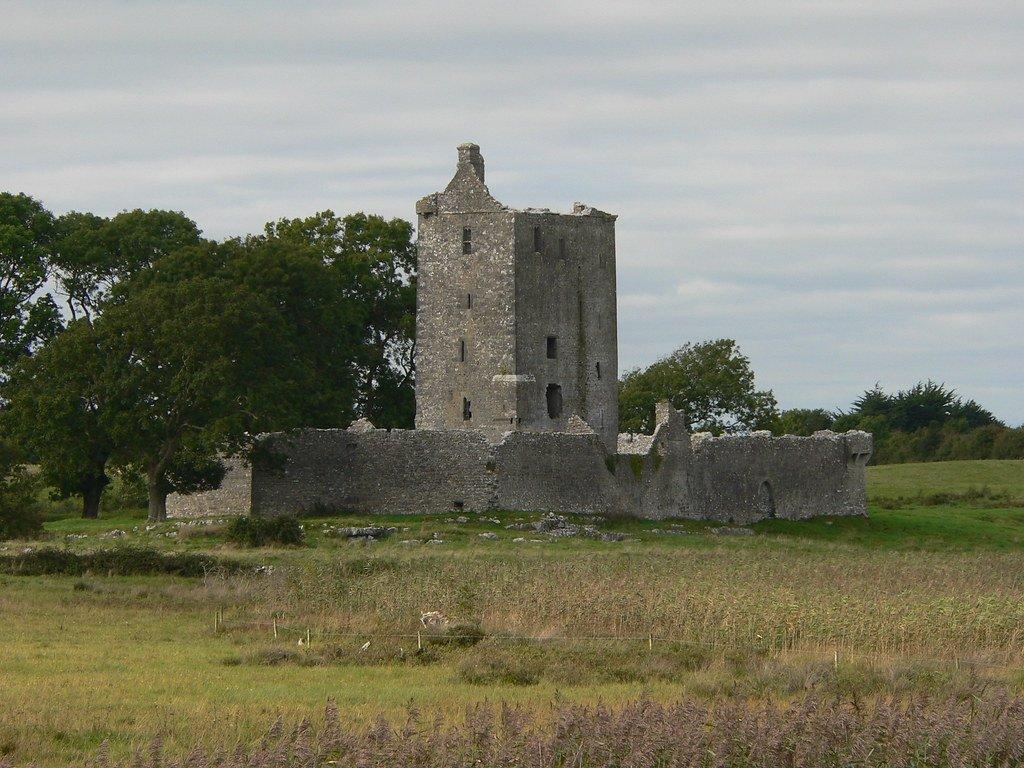Fiddaun Castle Ruins - Visit Galway