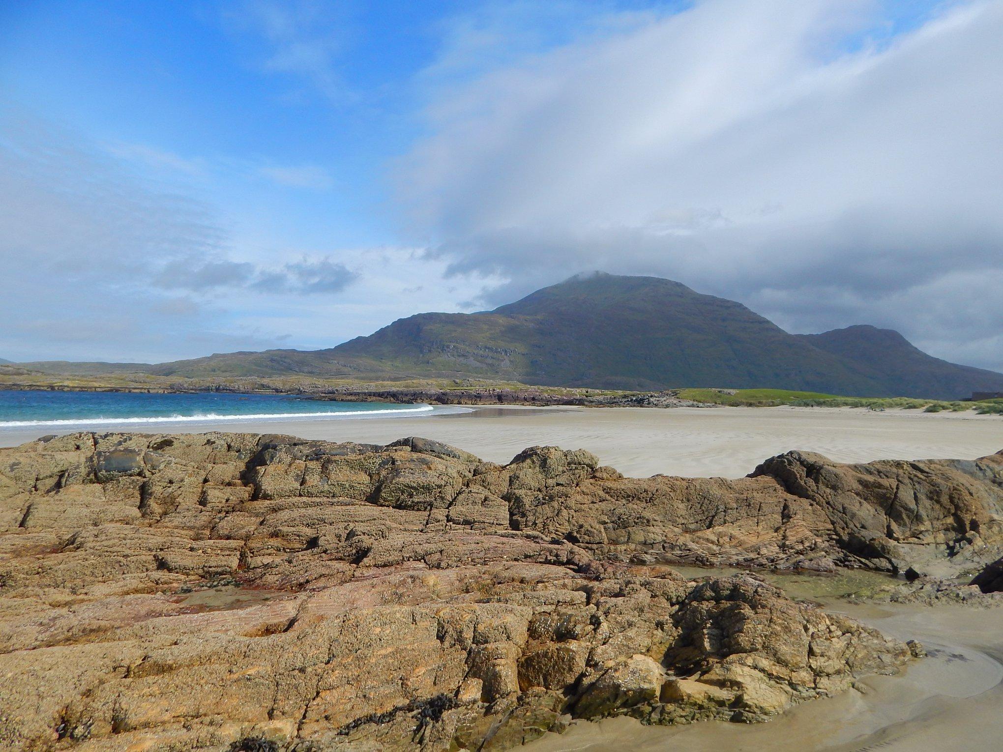 Glassilaun Beach Rocks - Visit Galway