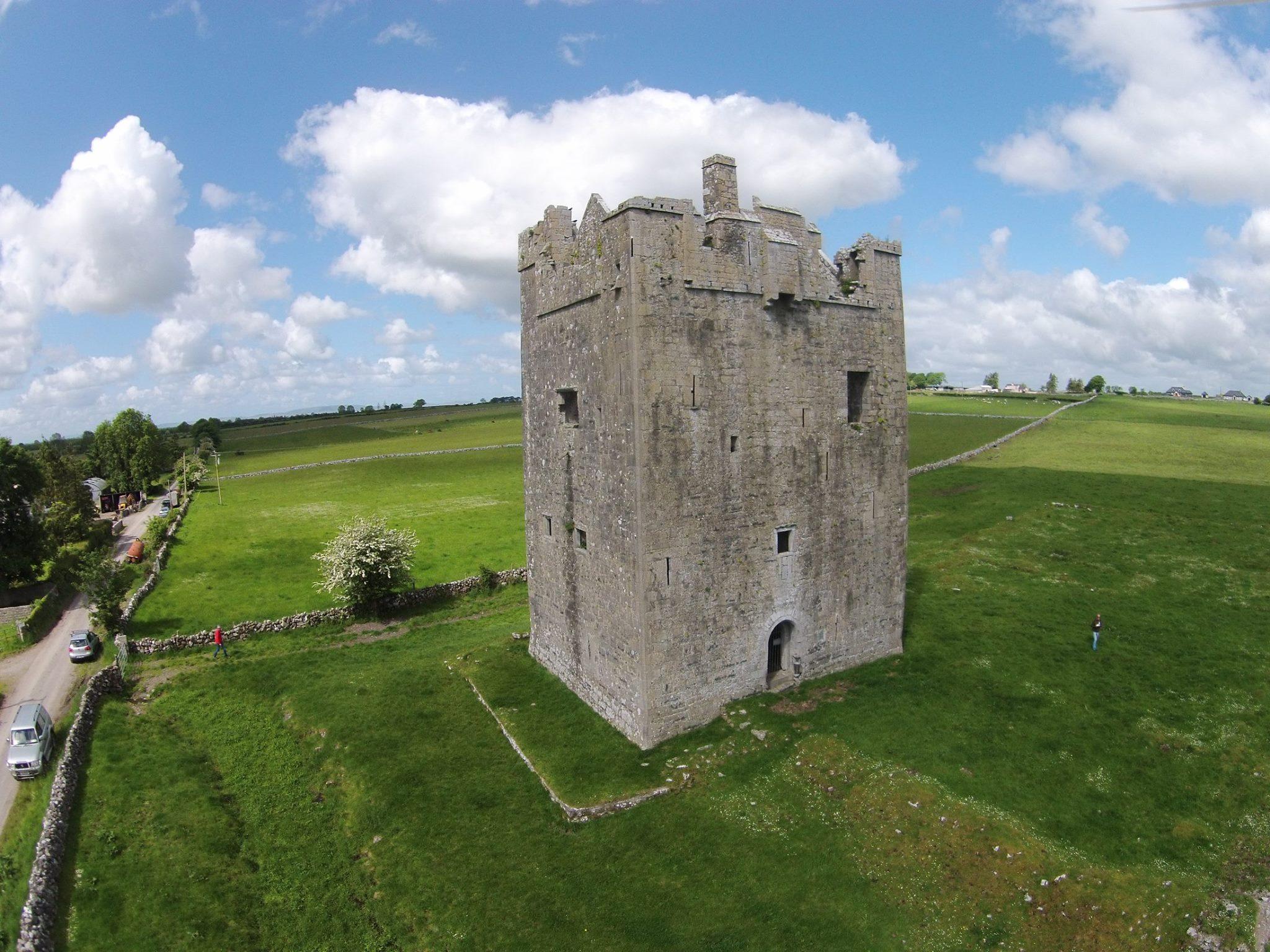 Isert Kelly Castle Tower House - Visit Galway