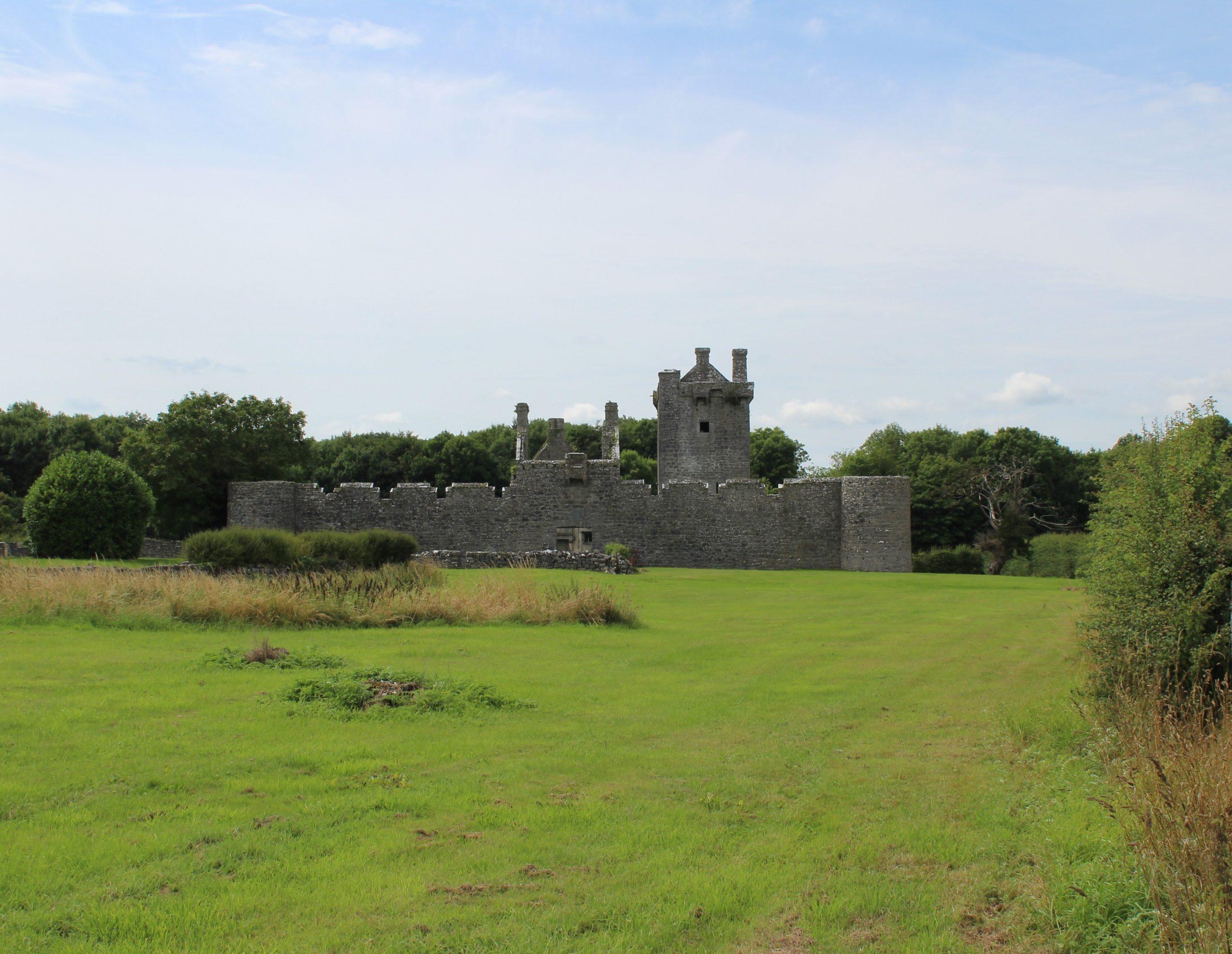 Pallas Castle Ruins in Galway - Visit Galway