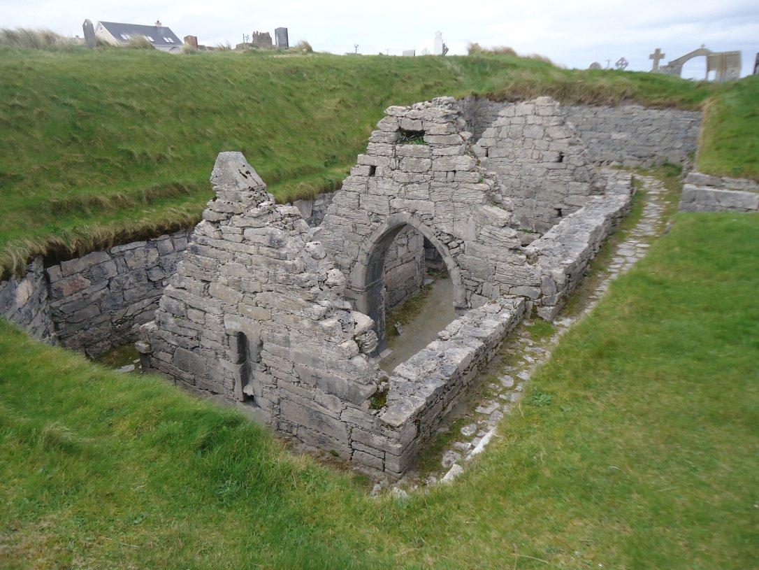 St. Cavan's Church Teampall Chaomhán - Visit Galway