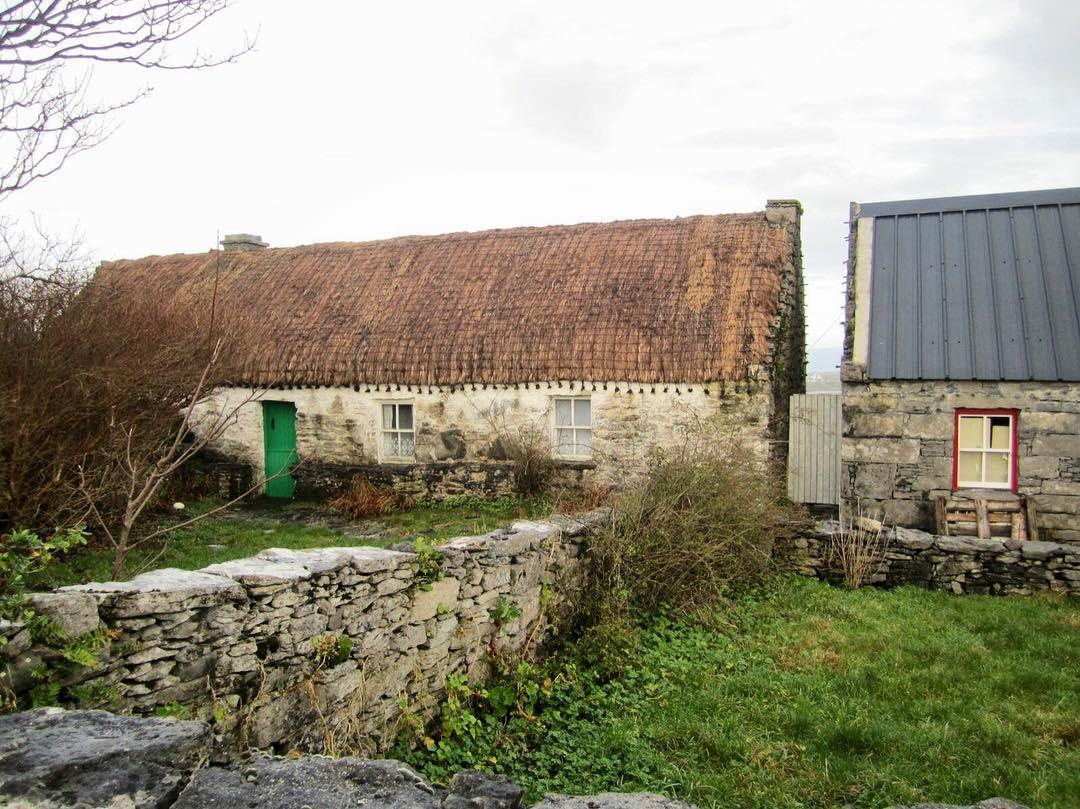 Teach Synge Cottage - Visit Galway